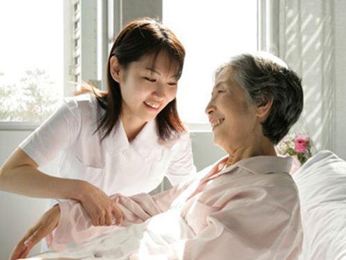 老年人适合买什么保险,为老人投保注意事项