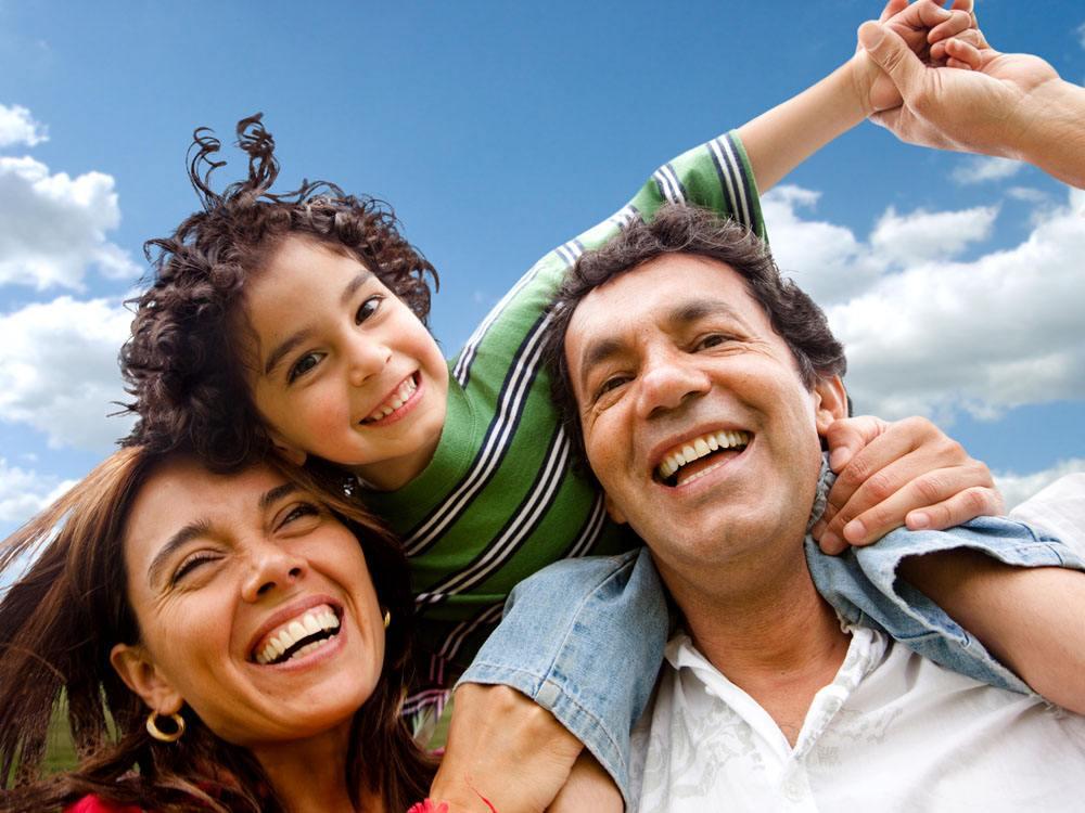家庭保险怎么买,如何给爸爸妈妈买保险