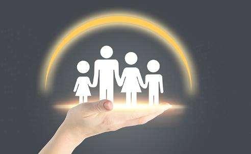 不同身份一家人如何规划保险,一家人保险谁先买