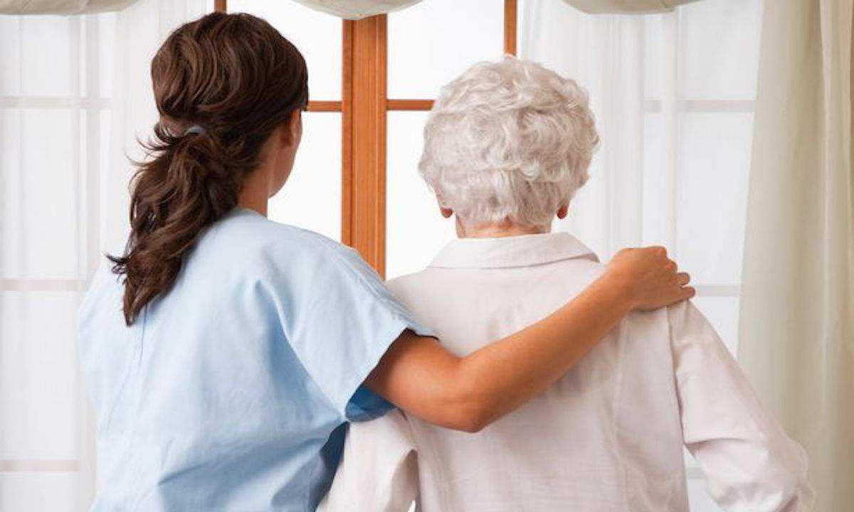 55岁老人怎么买保险,有年龄限制吗