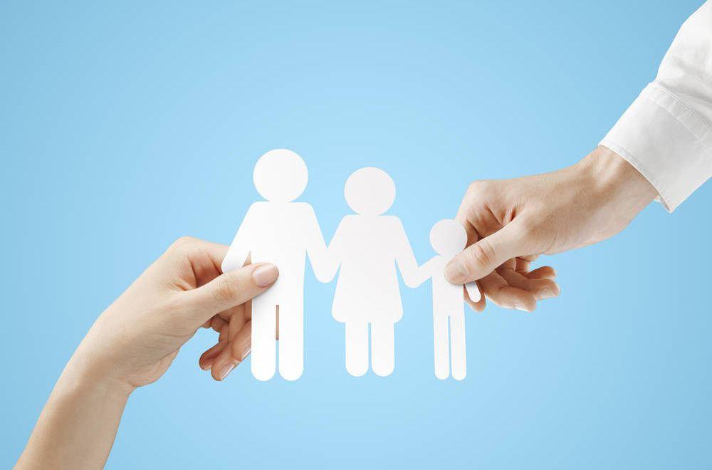 一岁的孩子怎么买保险,家庭为孩子投保原则