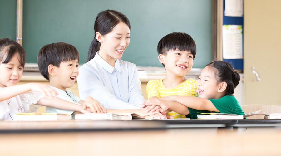 你家的孩子有保险吗,尽早为孩子投保,让孩子永记父母之恩
