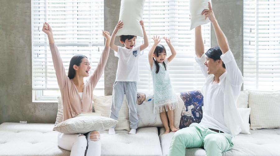 男人一定要舍得投保,看看家庭保险怎么买最划算