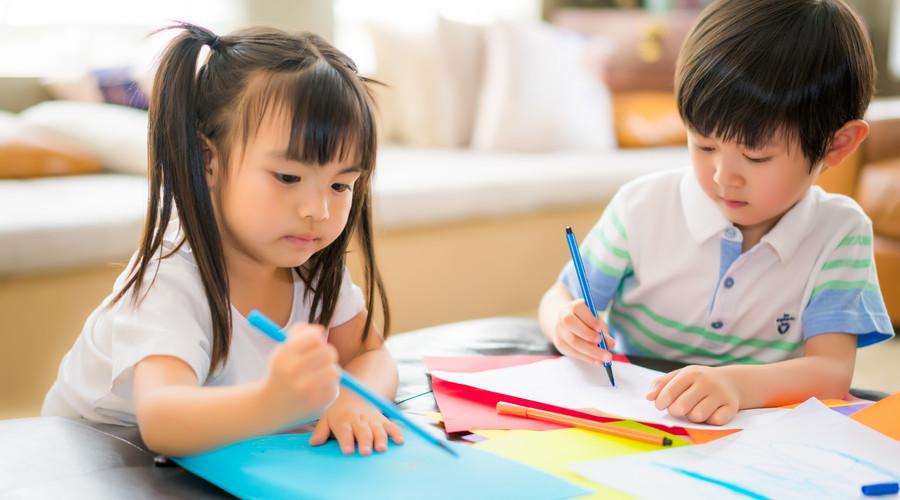 投保儿童保险有先后,给孩子买保险的几个原则要知道