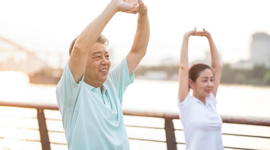 什么是老年人意外伤害保险,老年人摔倒能赔吗
