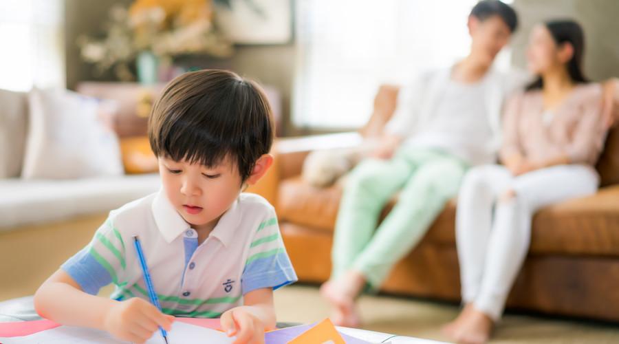 什么是少儿教育金保险,孩子的压岁钱买教育保险好吗