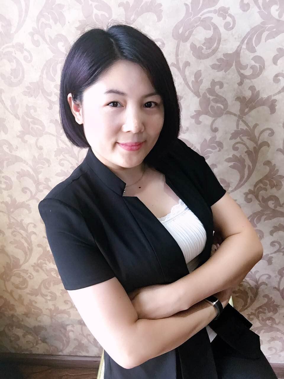 四川成都华夏人寿保险代理人贺龙英