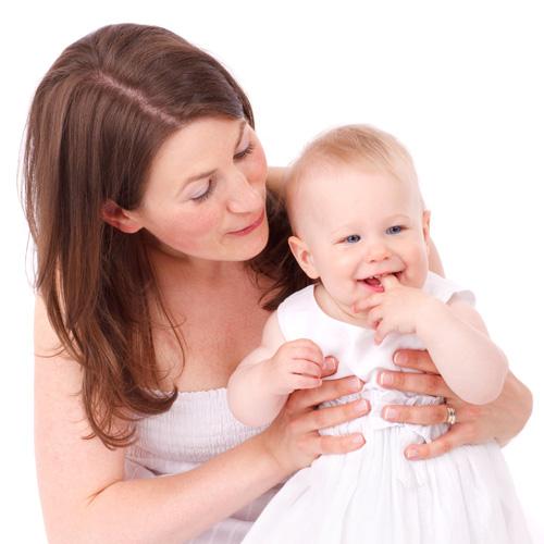 最近好多宝妈跟我咨询怎么给孩子买保险?