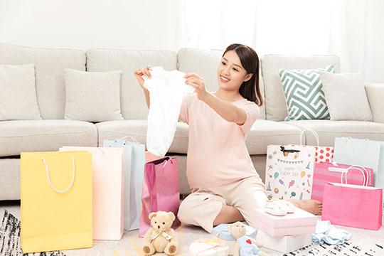 2020年的准妈妈孕期该如何投保?这些一定要知道