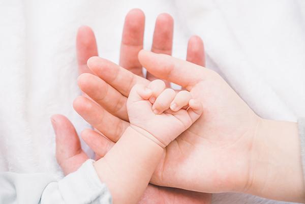 刚出生的宝宝被拒保了,...