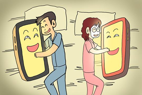 半夜玩手机却被拒保?现在买保险真的太难难难了!