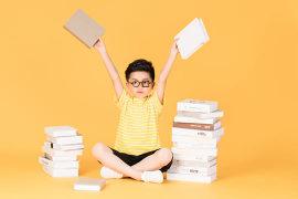 孩子的重疾险怎么选?买定期还是长期?