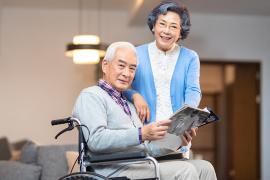 如何为老年人购买保险?