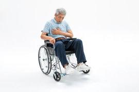 给老人买保险的投保原则!