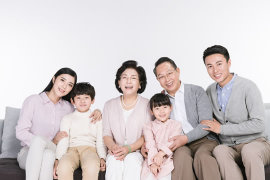 如何给自己和家人买保险?