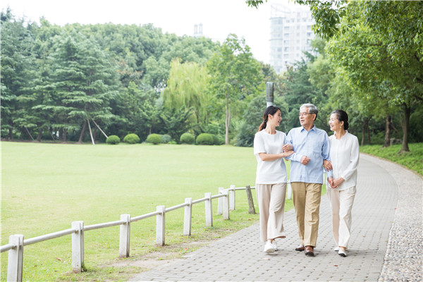 中国式悲哀:一人重病,全家困境