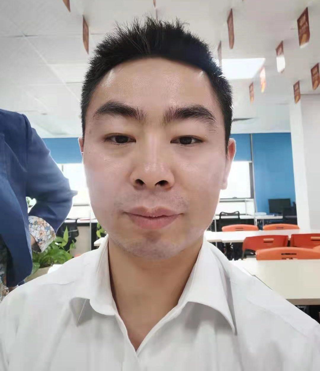 泰康人寿杨鹏