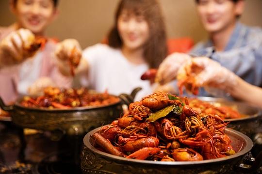 """小龙虾都有保险了!围观:中华保险小龙虾""""全周期 全成本""""保险"""