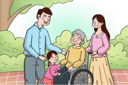爸爸妈妈上了年纪,适合买什么保险呢?