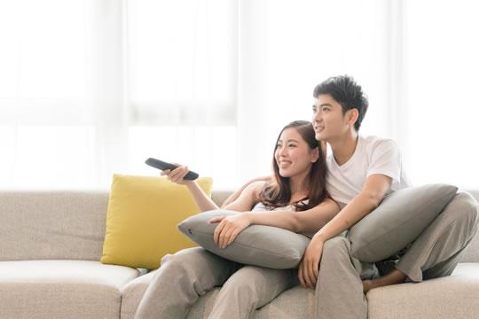 小夫妻应该怎么买保险?