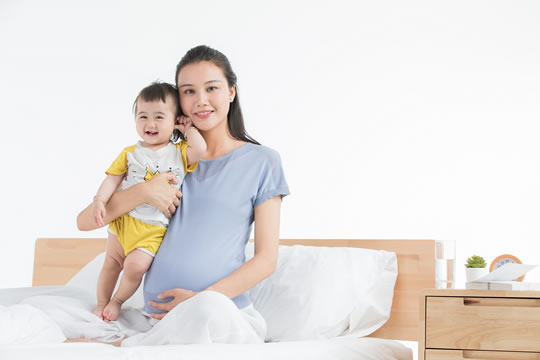 女性生育期间的经济压力要怎么解决?