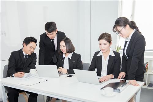 人社部副部长游钧:养老险第三支柱政策框架已上报国务院